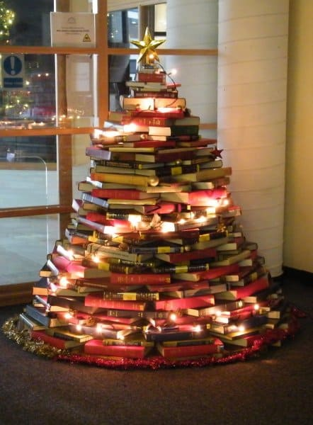 BOOK TREES: Classic Book Tree