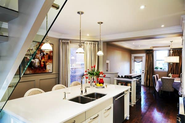 Small spaces big style kitchen by karen sealy home trends magazine - Big style small spaces photos ...