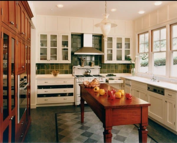 Your design questions part 2 kitchens home trends magazine for Lineal foot counter