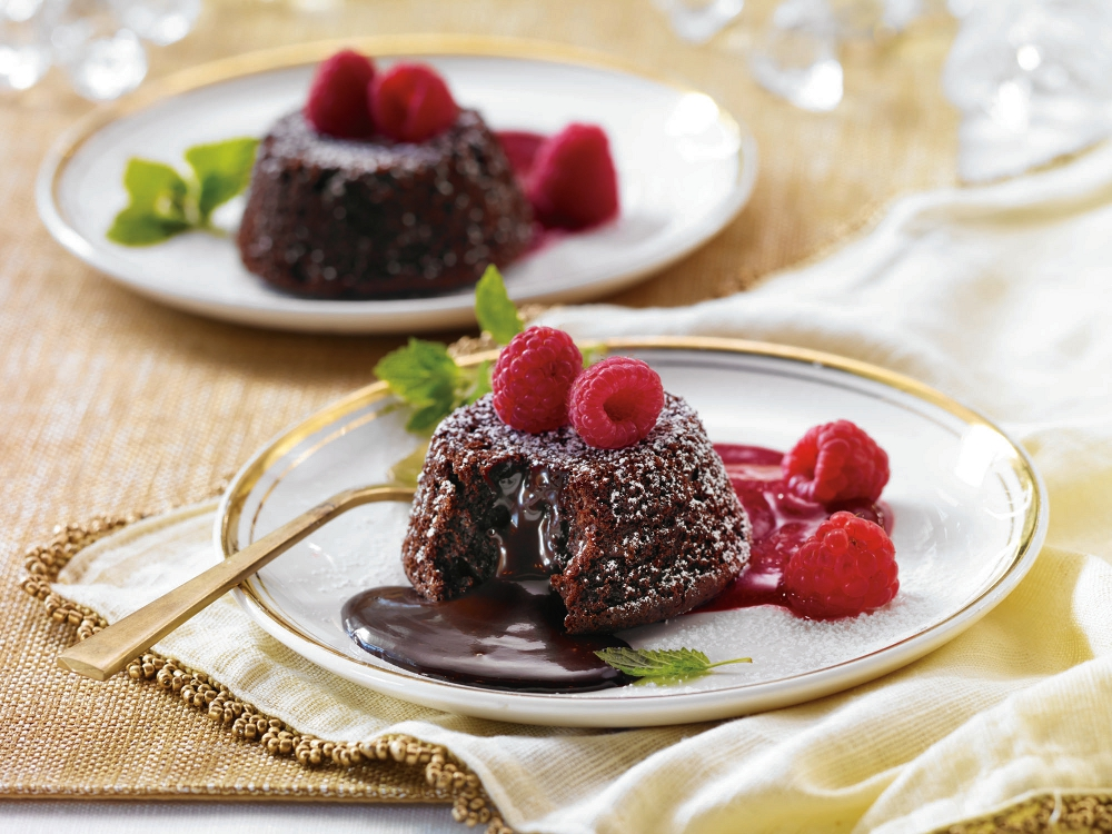 Quick and easy Raspberry Coulis with Molten Lava Truffle Cakes