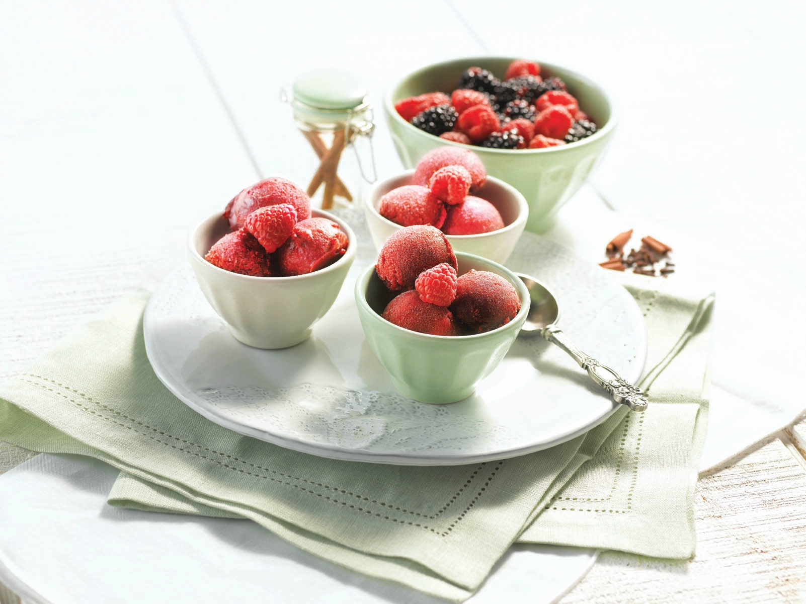 Berry Sorbet with Mixed Spices