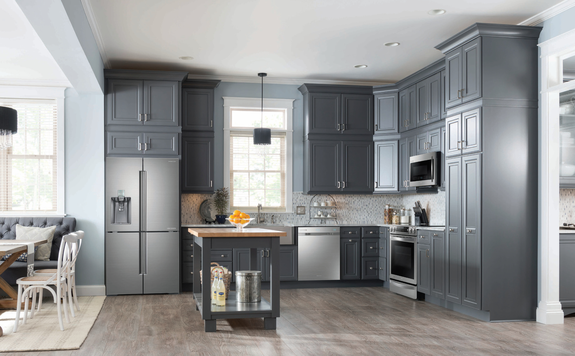 Entertaining In A Gourmet Kitchen Home Trends Magazine