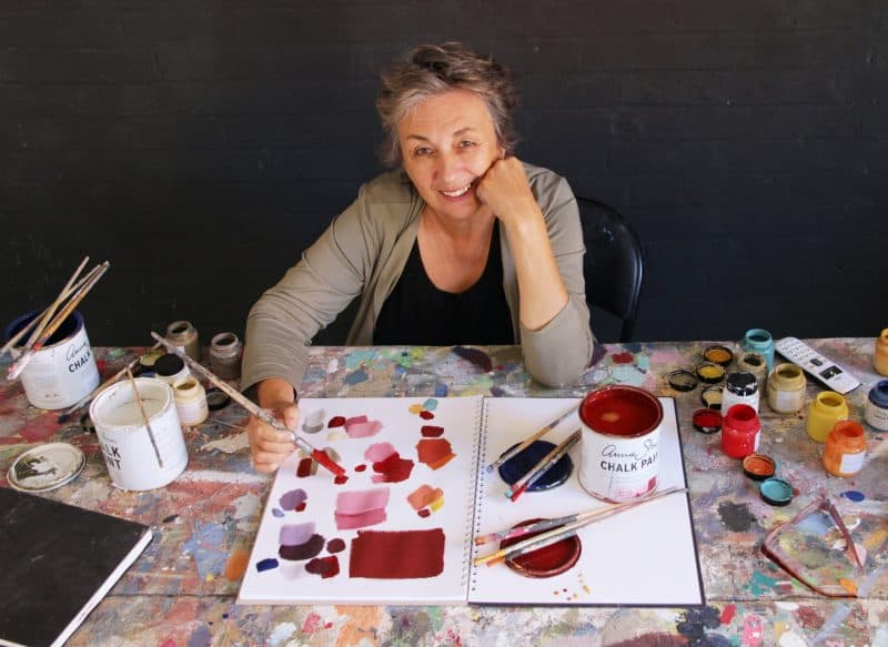 Annie Sloan mixing Burgundy Chalk Paint_photo by Penny Millar