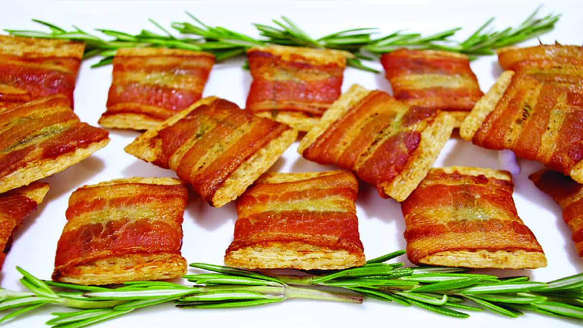Crunchy Bacon and Rosemary Bites