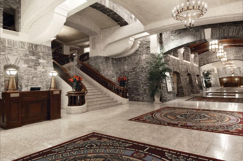 Hotel_Lobby_492606_high