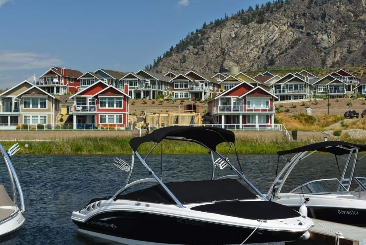 Photo Source: osoyooscottages.com