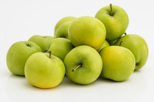 apple-fruit-green-healthy-37645-medium