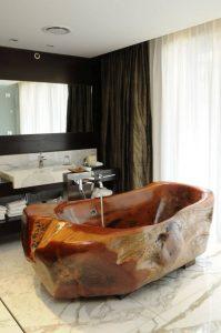marble-bath-tub