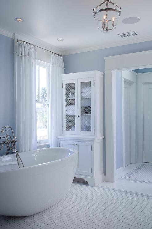 The best colors for your bathroom in 2017 home trends for Bathroom colour trends 2017