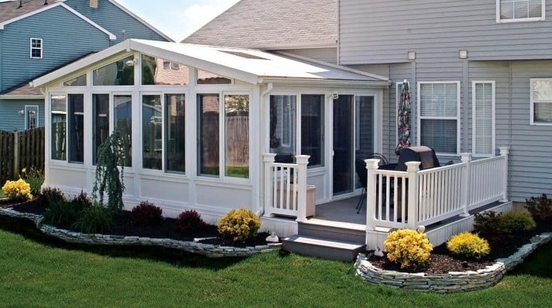 Sunrooms the essential home addition you 39 re missing for House sunroom