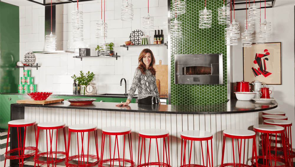 Sarah Richardson Designed This Bold, Contemporary Kitchen To Make You Feel  Like Youu0027ve Just Taken A Seat In One Of The Worldu0027s Best Pizzerias.