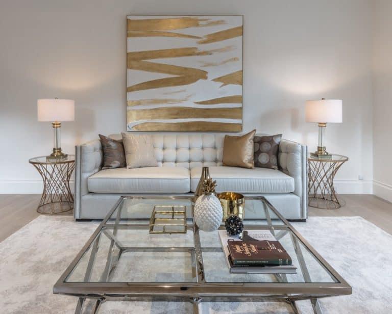 Photo Source: Lux Furniture Rentals