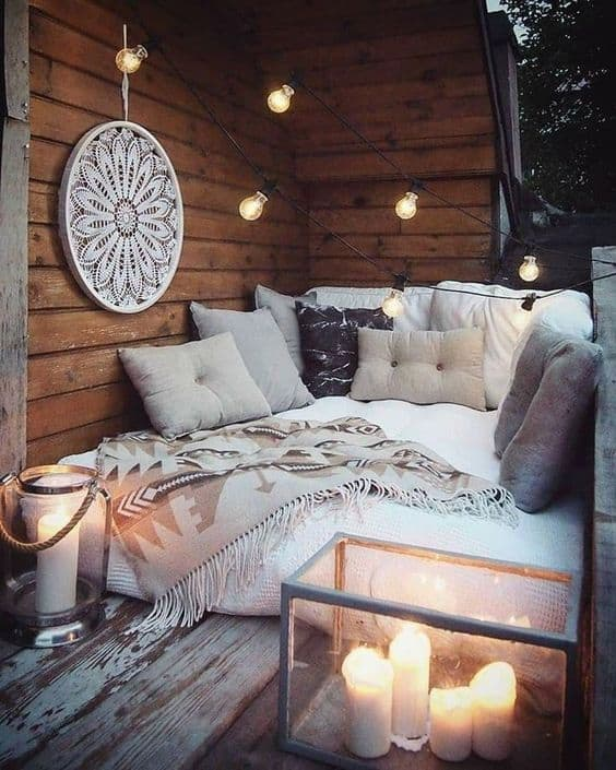 bed on small balcony idea