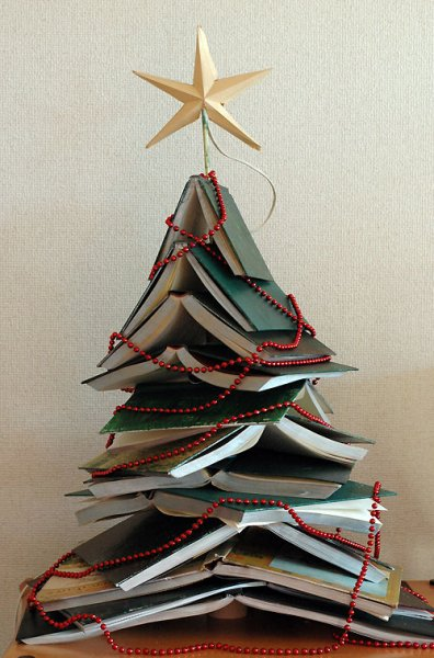BOOK TREES: Mini Book Tree