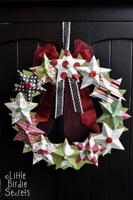 3-D Paper Star Wreath