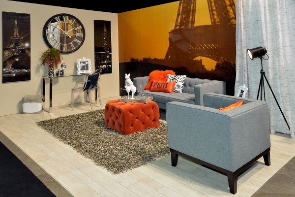 Travel Inspired Guest Room: How To Recreate The Paris Travel Themed Room