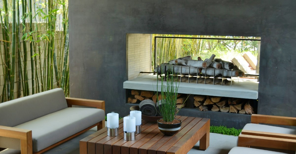 Creating An Outdoor Fireplace Home Trends Magazine