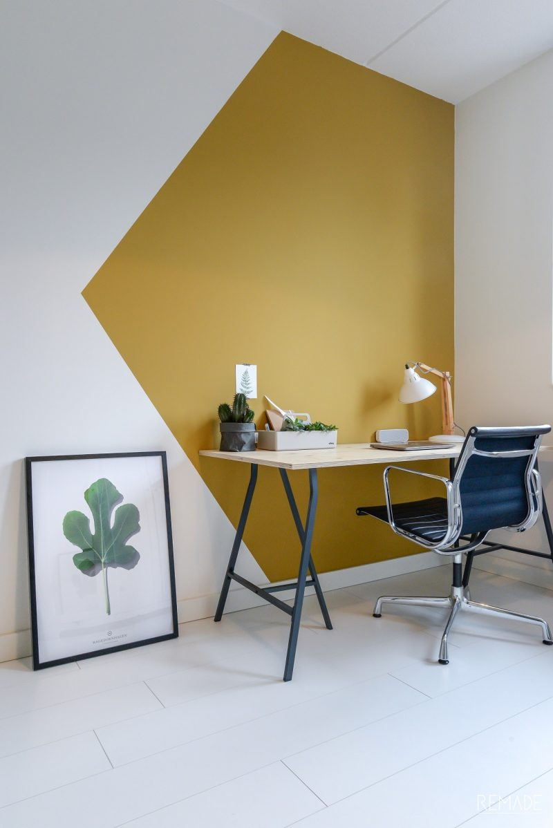 Budget Friendly Ways To Refresh Your Walls Color blocking
